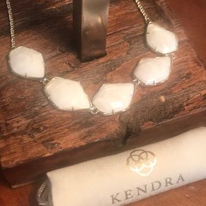 NWT Kendra Scott Connely Necklace in White MOP!!